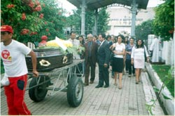 Funeral_3